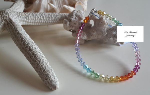 Уникални дамски гривни с кристал Сваровски