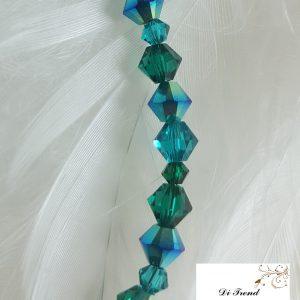 Гривна Емералд със Swarovski Crystals