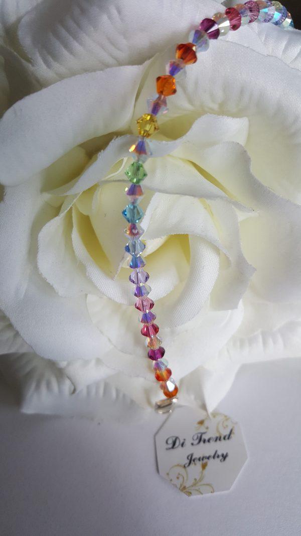 Уникална гривна с кристали Swarovski
