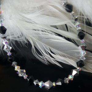 Гривна Силвър Джет,дамска гривна с оригинални австрийски кристали