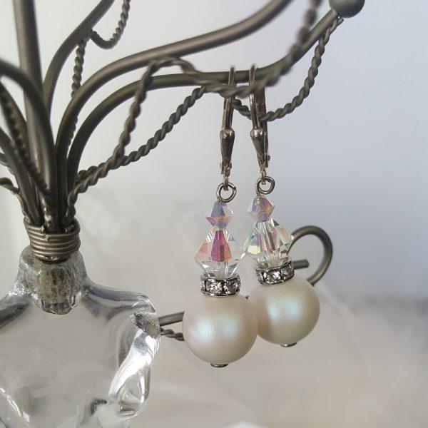 Обеци Бели перли мат - дамски сребърни обеци