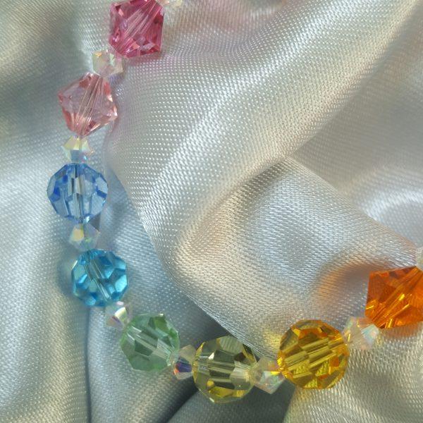 Гривна Дъга - ръчно изработена с кристали Сваровски