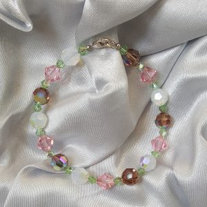 Дамска гривна с цветни кристали Сваровски