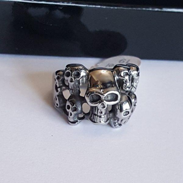 Мъжки пръстен стомана с черепи