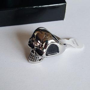 Рокерски пръстени с черепи