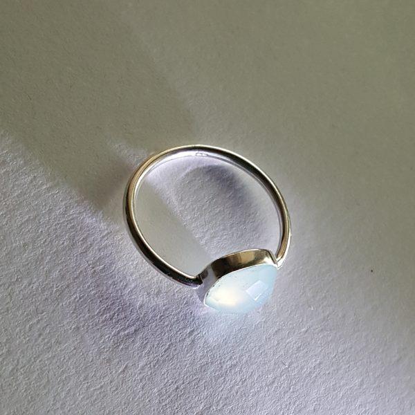 Сребърен пръстен с Лунен камък Африк