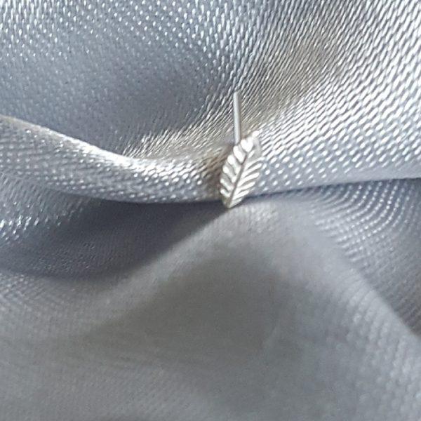 Сребърен пиърсинг за нос Лист
