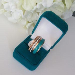 Ефектен дамски пръстен керамика и стомана