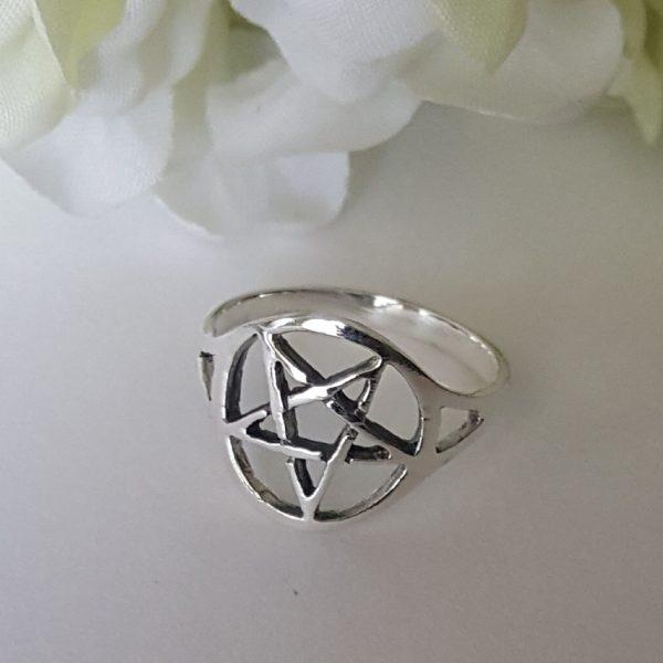 Сребърен пръстен Пентаграм