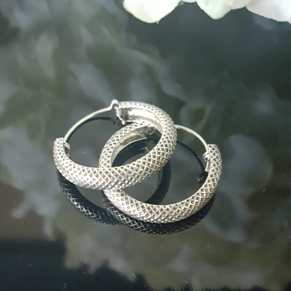 Сребърни обеци тип халки