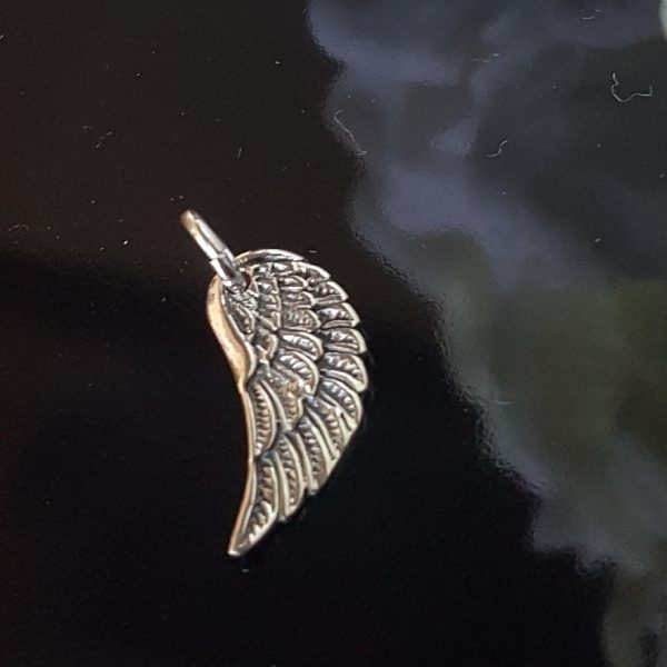 Сребърна висулка за колие Крило Мини
