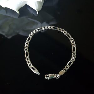 Дамска сребърна гривна верижка