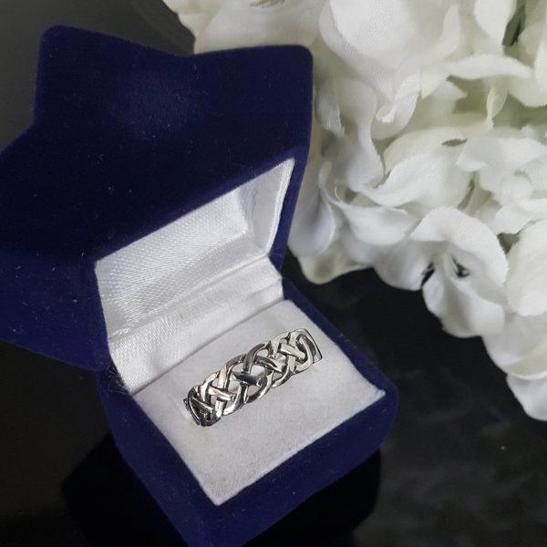 Сребърни дамски пръстени