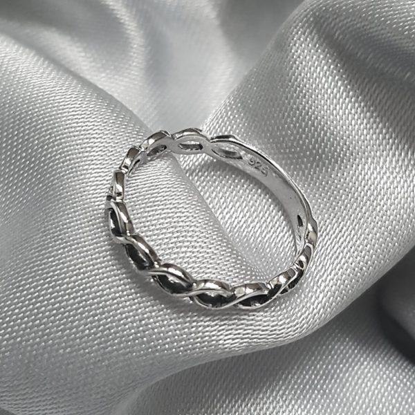 Сребърен пръстен тип халка