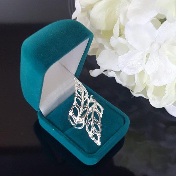 Изящен сребърен дамски пръстен