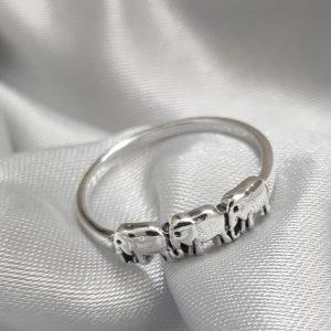 Сребърен пръстен със слончета