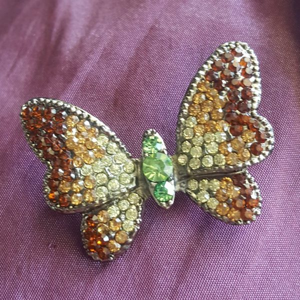 Брошки с камъни - Брошка Пеперуда