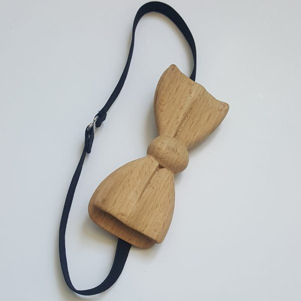 Дървена папионка в цвят светъл бук