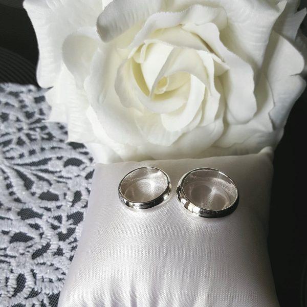 Универсална сребърна халка гладка