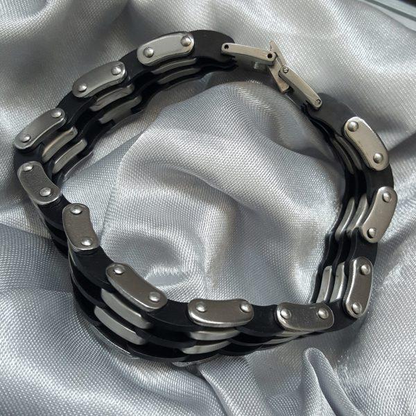 Стилна мъжка гривна от стомана