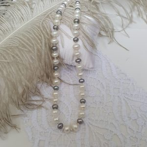Колие от естествени сладководни перли